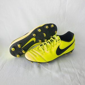 Nike Soccer Cleats - Yellow & Black - Size 8